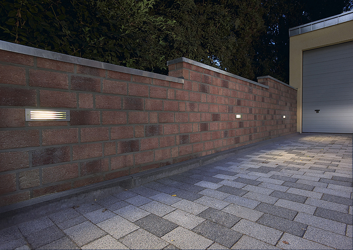 Brick Mesh Wall Light Picture